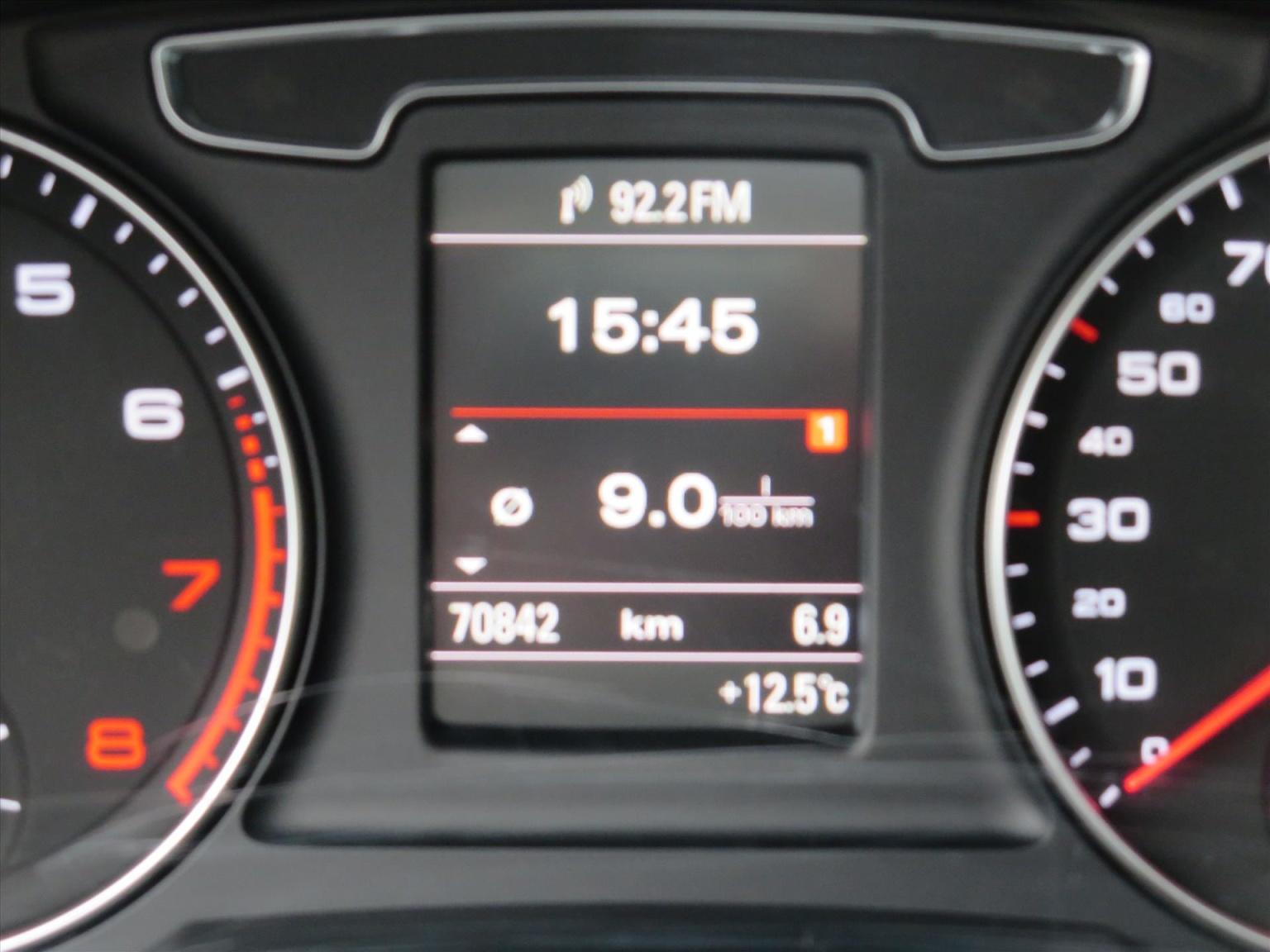 Audi-Q3-20