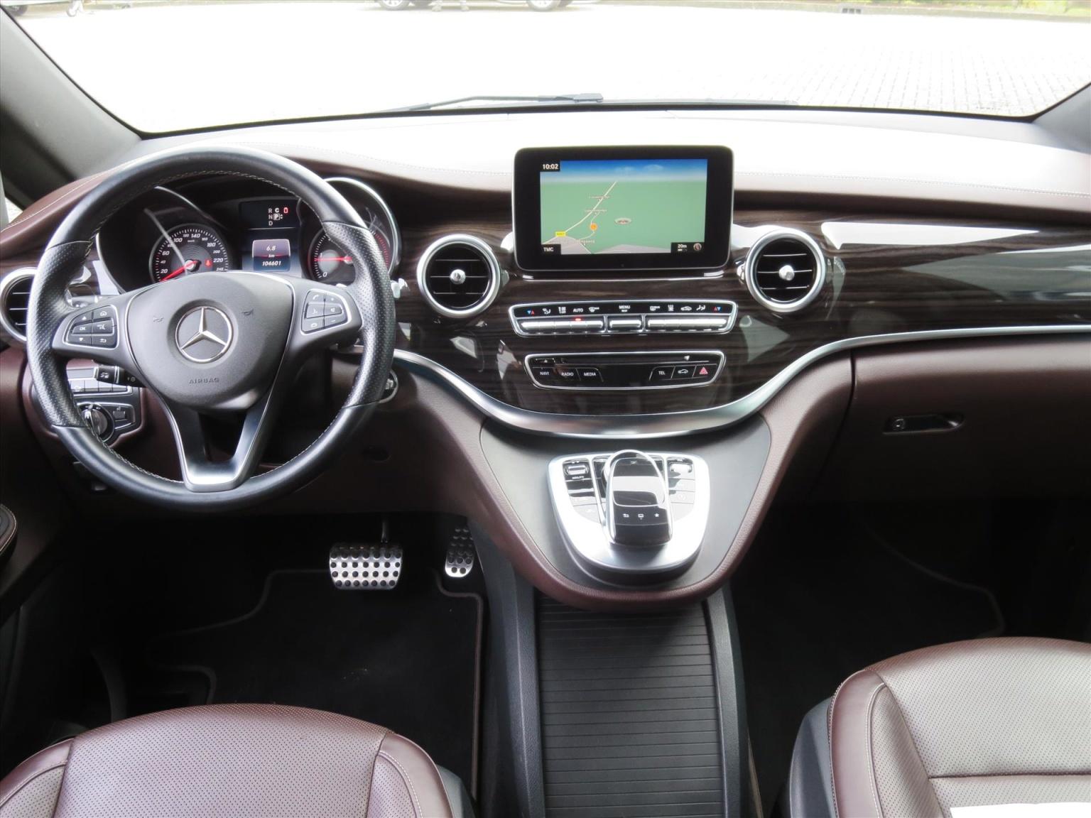 Mercedes-Benz-Camper-2