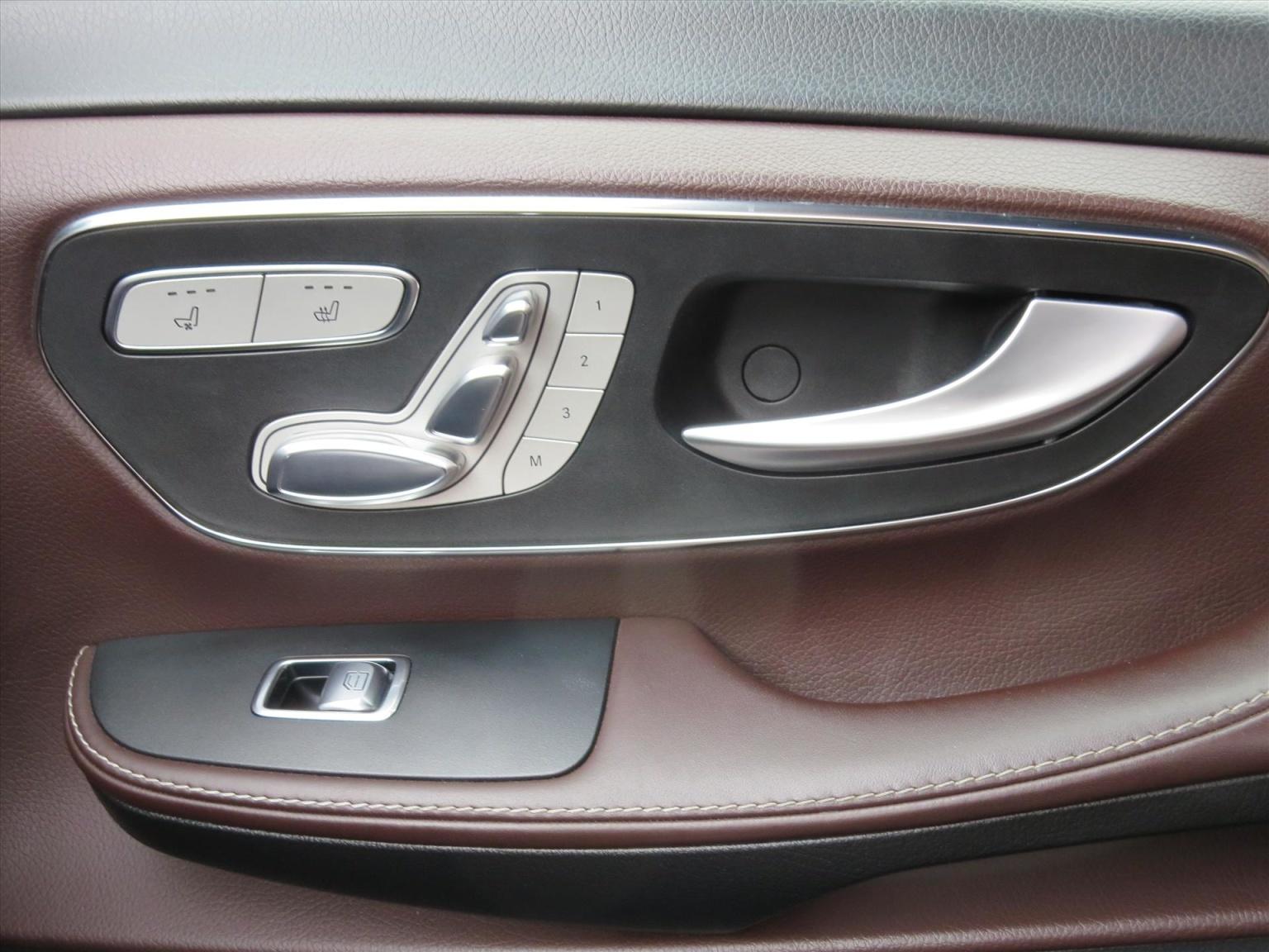 Mercedes-Benz-Camper-16