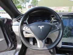 Tesla-Model S-8