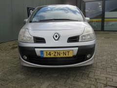 Renault-Grand Modus-12