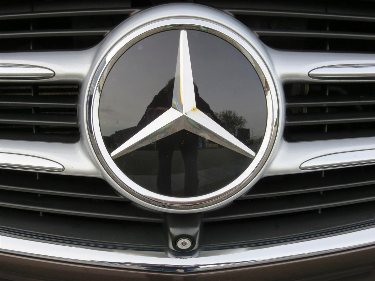 Mercedes-Benz-Camper-25